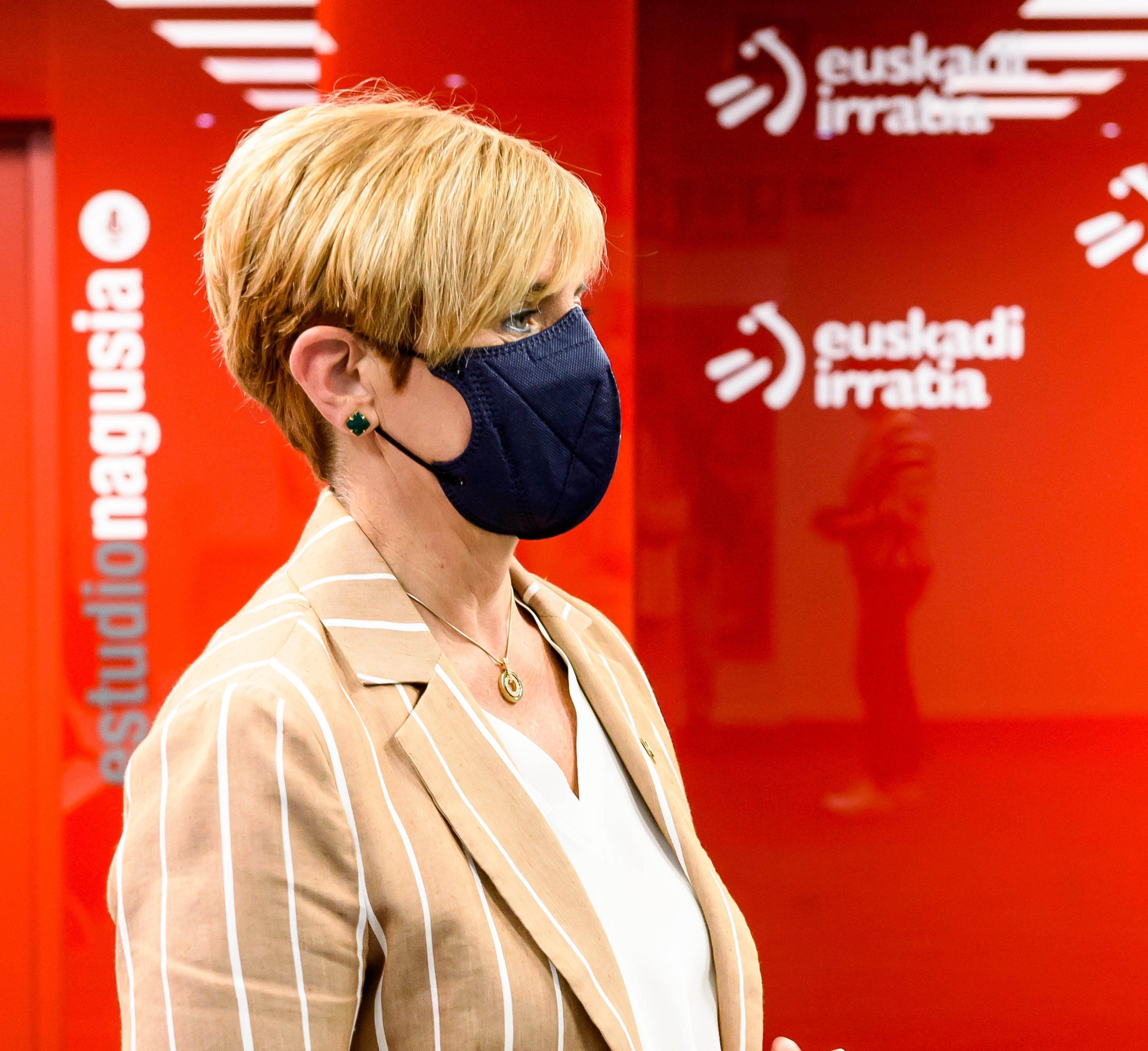 """Arantxa Tapia: """"Europak 2050erako nahi duen neutraltasun horretara iristeko dagoeneko lanean ari gara Euskadin, gure Basque Green Deal-aren bidetik"""" [25:36]"""