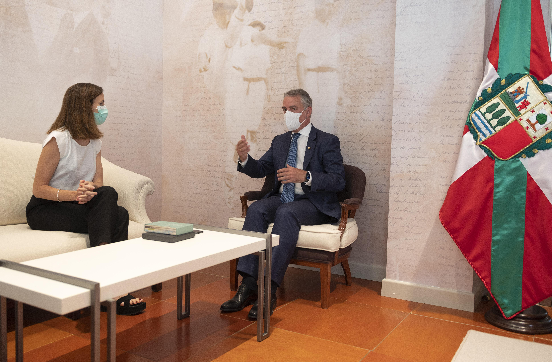 El Lehendakari recibe a la Ministra de Derechos Sociales y Agenda 2030 Ione Belarra [12:45]