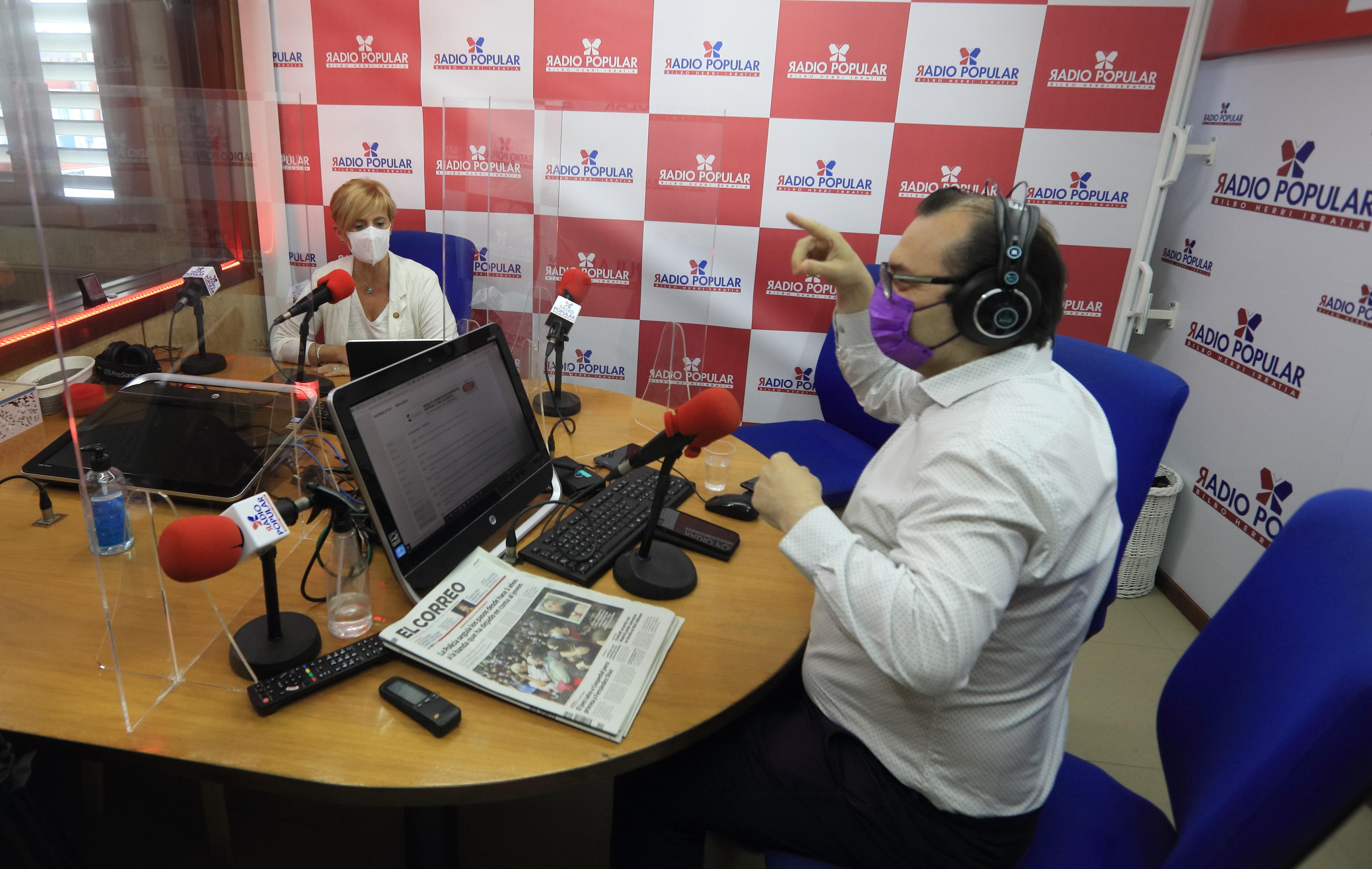 RadioPopular002.JPG