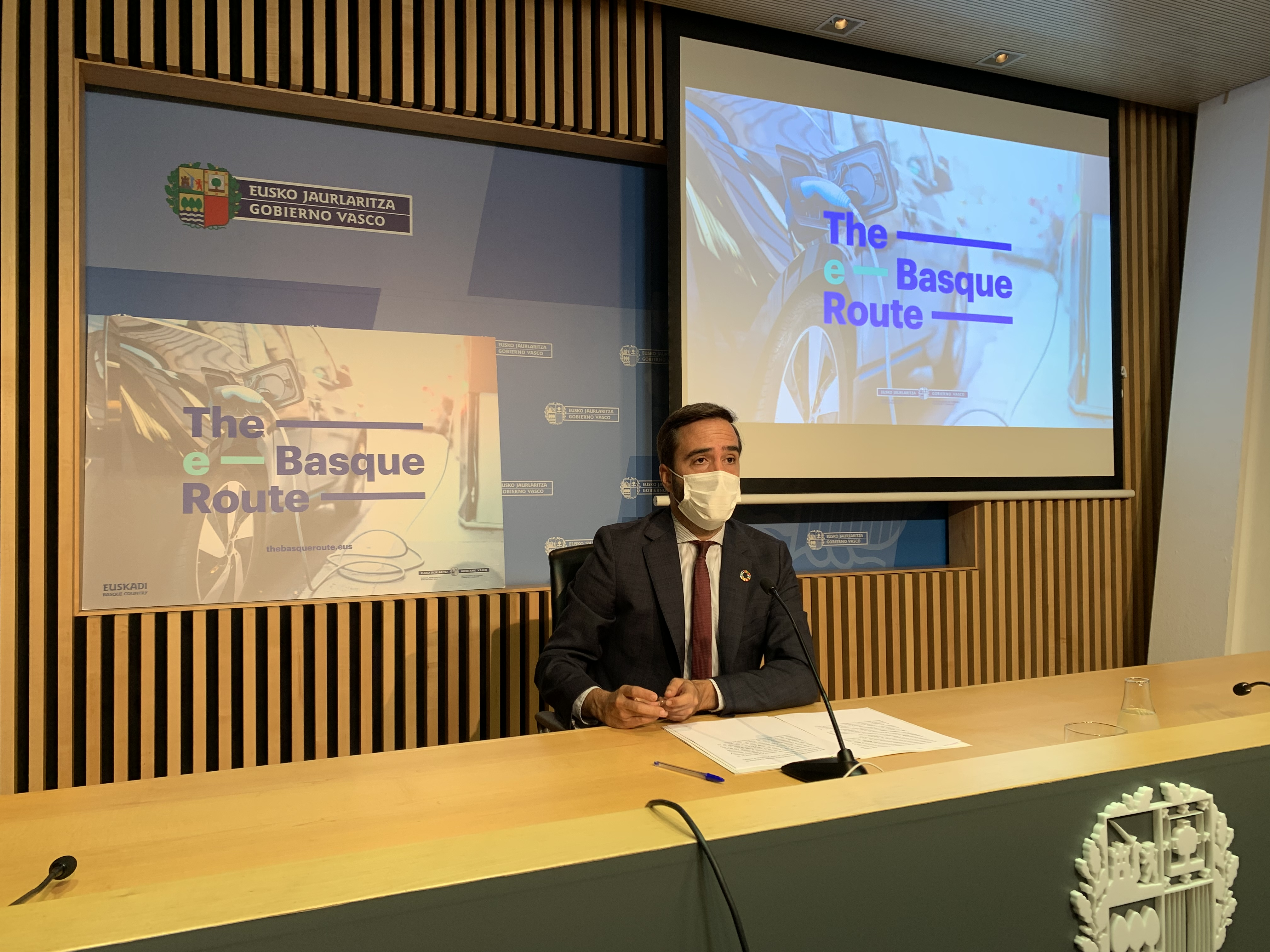 El Consejero Javier Hurtado ha presentado el proyecto de movilidad turística sostenible The e-Basque Route [12:15]