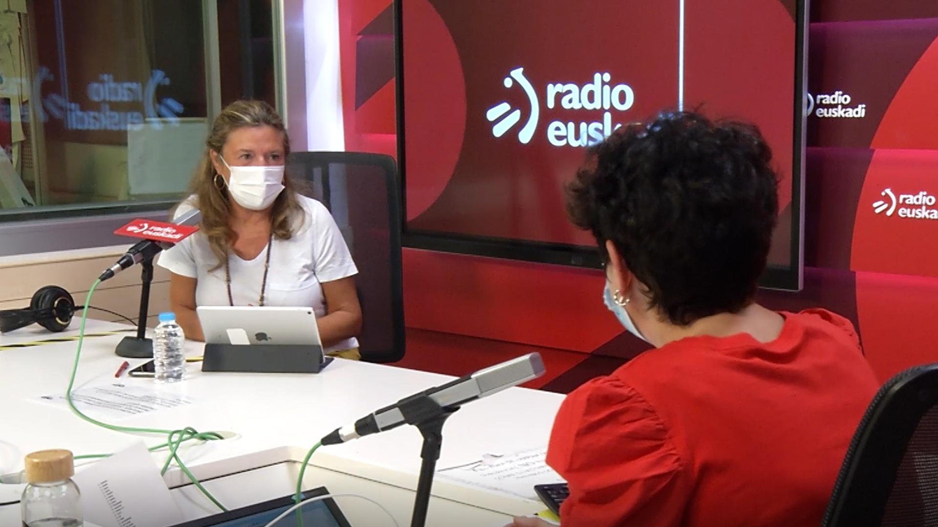 Gotzone Sagardui subraya que vacunarse y cumplir las normas para evitar los contagios es una cuestión de solidaridad [33:05]