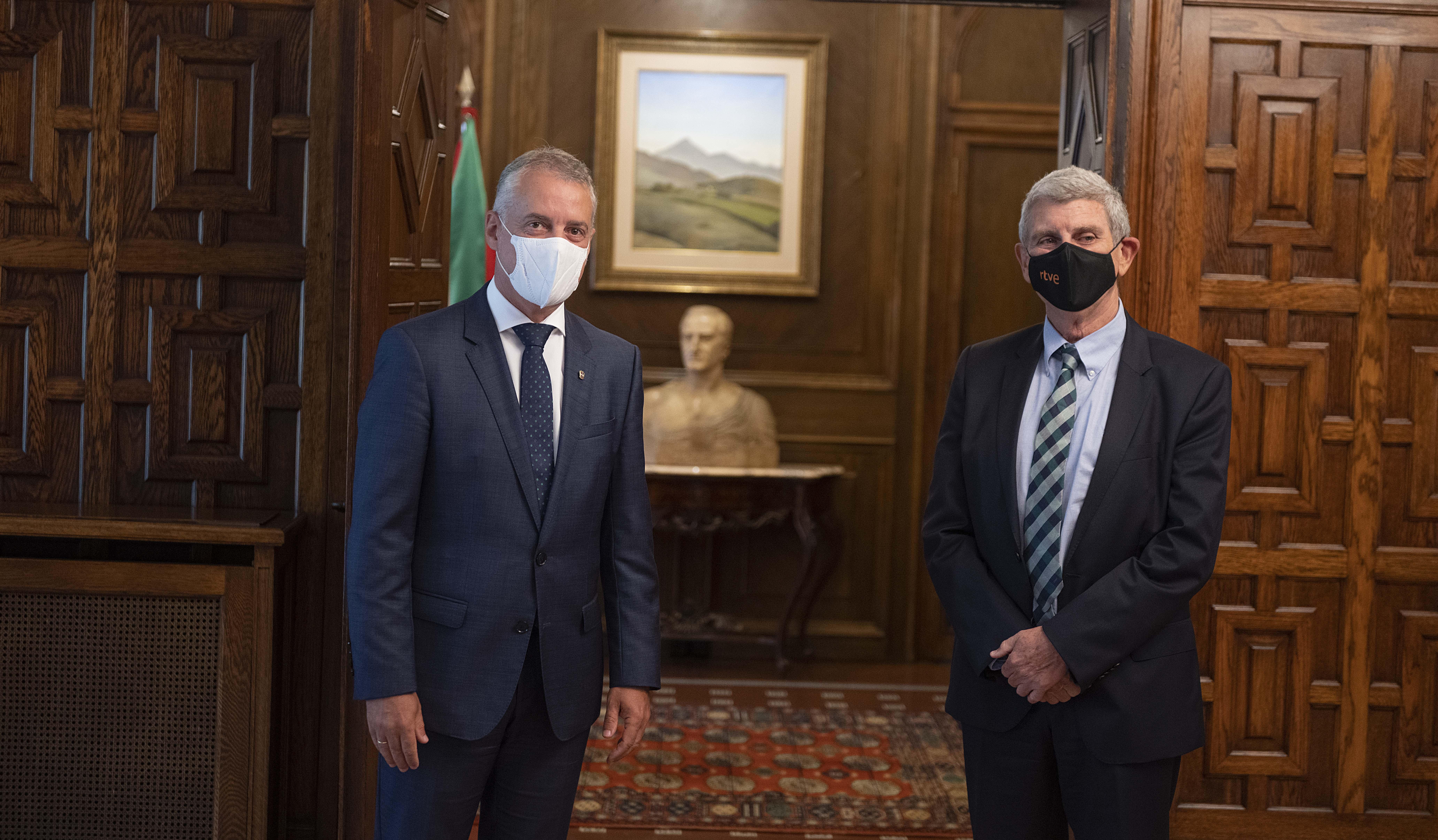El Lehendakari se reúne con responsables de Radio Televisión Española [1:13]