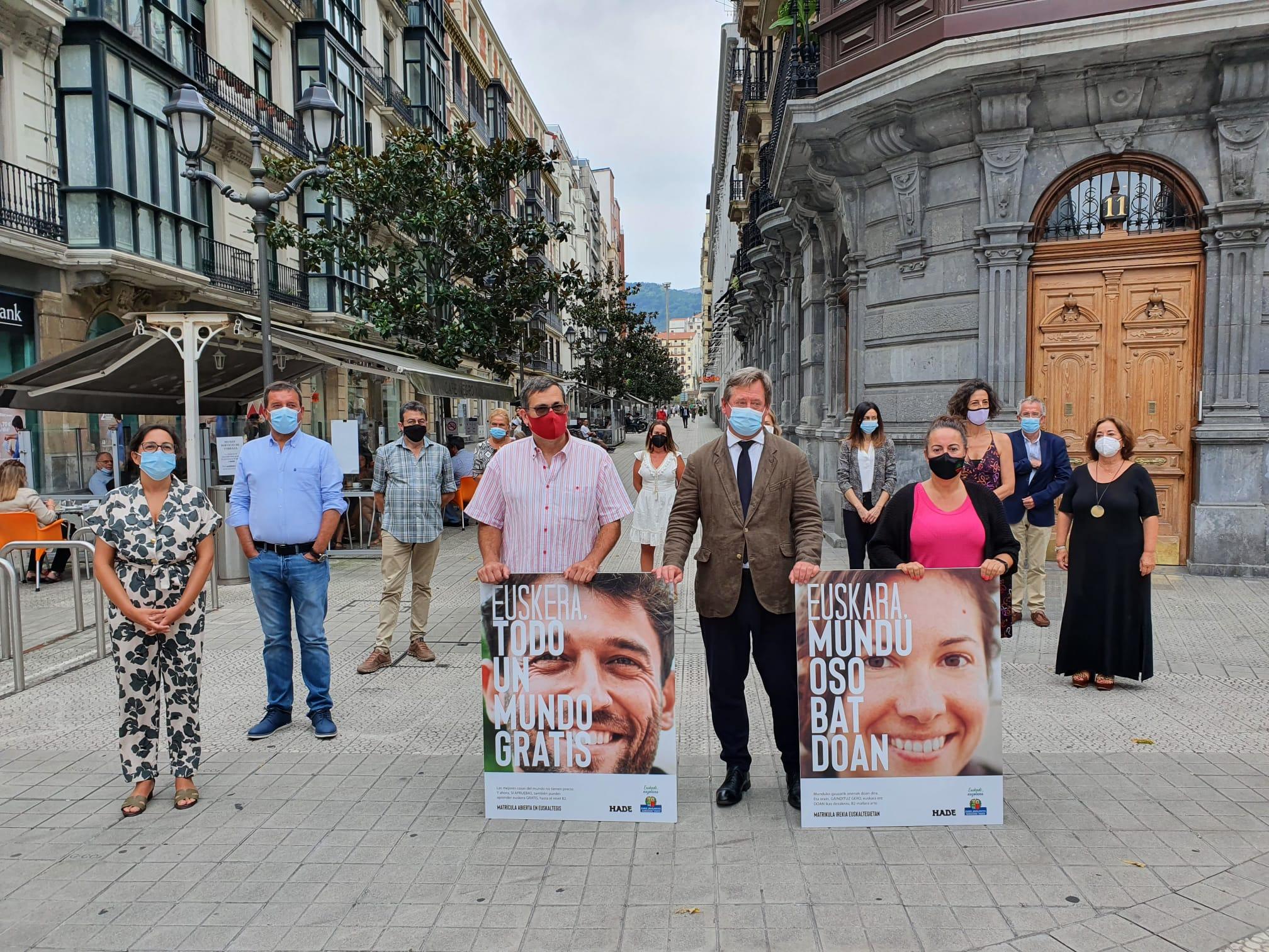 El Gobierno Vasco aumenta un 16% la financiación de euskaltegis privados en el curso 2021-2022 [23:40]