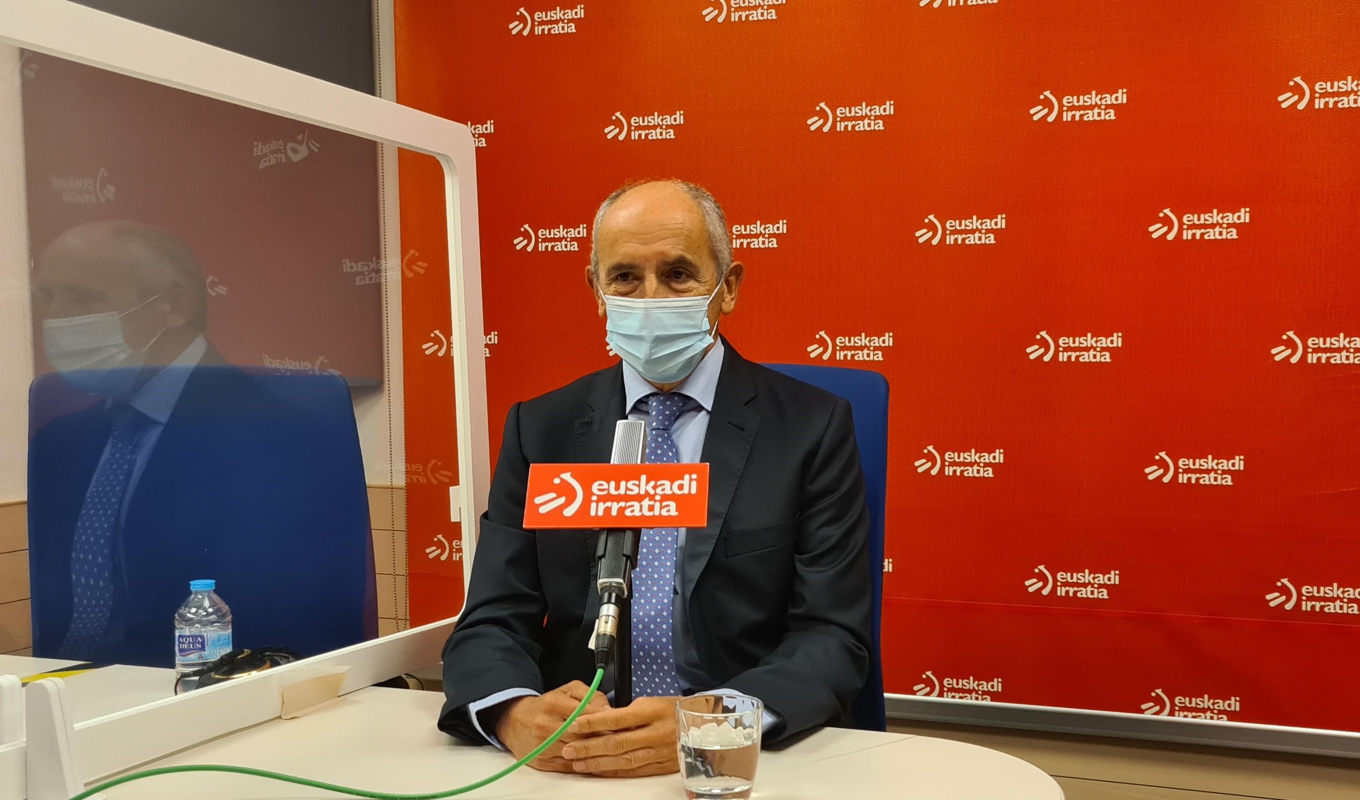 """Josu Erkoreka: """"Esperemos que el futuro de Cataluña venga por la vía del diálogo y que la detención no sea un obstáculo"""" [24:14]"""